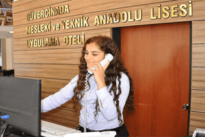 Öğrenciler Uygulama Otelinde İş Hayatına Hazırlanıyor