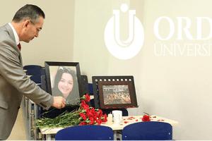 """Rektör Akdoğan: """"Ceren Özdemir'in İsmi Fakültesinde Yaşatılacak"""""""