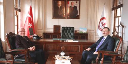 Büyükşehir Belediyesi Genel Sekreteri Bayram'dan Rektör Aydın'a Ziyaret