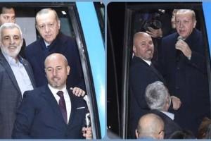 Cumhurbaşkanı Erdoğan, Tekkeköy'de Vatandaşlara Kısa Bir Konuşma Yaptı