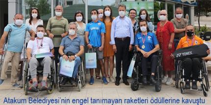 Başkan Cemil Deveci'den Engelsiz Raketlere Şampiyonluk Ödülü