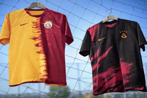 Galatasaray 2020-2021 Sezonu Formalarını Tanıttı