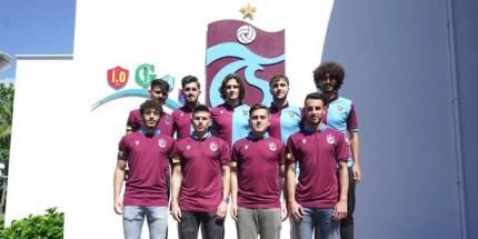Trabzonspor 9 Futbolcuyla Sözleşme İmzaladı