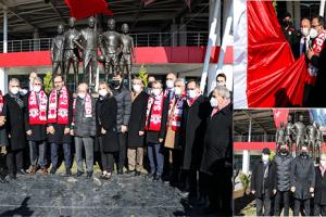 'Futbol Şehitleri Anıtı' Törenle Açıldı