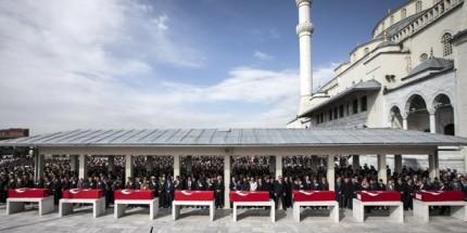 Ankara Şehitleri İçin Tören Düzenlendi