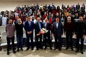 Başkan Kul Üniversite Öğrencileri İle Buluştu