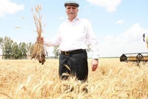 Çiftçi Tarımsal Alet ve Makine Yatırımından Kaçınmadı