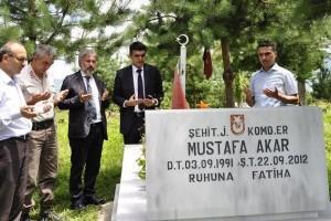 Ayvacık'ta Şehit Aileleri Ziyaret Edildi