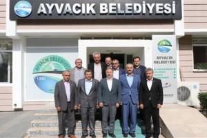 Ayvacık Belediye Başkanı Mustafa Belur Muhtarları Misafir Etti