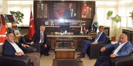 Beypazarı Belediye Başkanından Ayvacık Belediyesi'ne Ziyaret