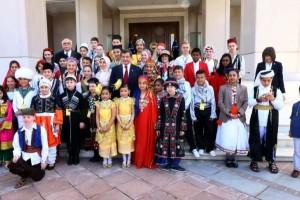 Başbakan Davutoğlu, Çocuklarla Bir Araya Geldi