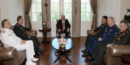 Başbakan Yıldırım, Genelkurmay Başkanı ve Kuvvet Komutanlarını Kabul Etti