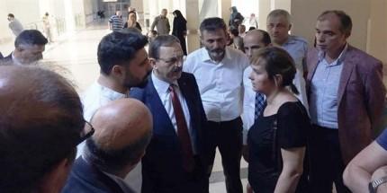 Başkan Şahin, Kaza Geçiren İyi Parti Heyetini Hastanede Ziyaret Etti