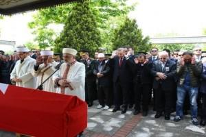 Cumhurbaşkanı Erdoğan, Şehit Üsteğmen Çelik'in Cenaze Törenine Katıldı
