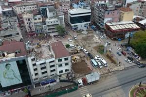 Fatsa Meydanda Dördüncü Binanın Yıkımına Başlandı