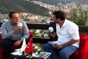 Başkan Aksu, Belediye TV'de Canlı Yayında Soruları Yanıtladı