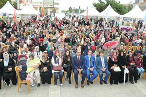 """""""Bilime İlkadım"""" Festivali Büyük İlgi Gördü"""