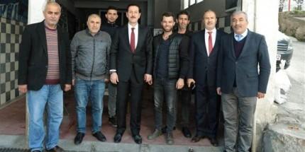 Başkan Tok Mahalleleri Gezerek Vatandaşları Dinlemeye Devam Ediyor