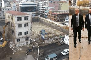 Fatsa Cumhuriyet Meydanı Projesi'nde Son Bina Yıkılıyor