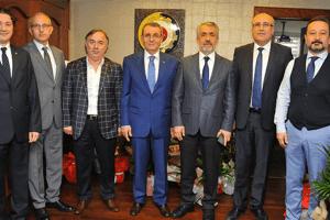 """Rektör Bilgiç'den Murzioğlu'na """"Hayırlı Olsun"""" Ziyareti"""