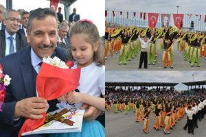 Ulusal Egemenlik ve Çocuk Bayramı'nın 98. Yıldönümü Coşkuyla Kutlandı