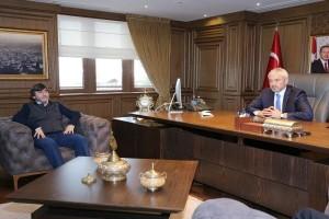 Rıdvan Dilmen'den Başkan Yılmaz'a Ziyaret