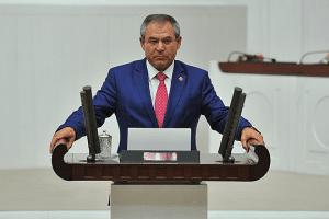 Milletvekili Kemal Zeybek'ten Öğretmenler Günü Mesajı