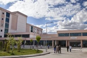 Devlet Hastanesinde Doktora Bıçaklı Saldırı
