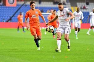 M. Başakşehir Beşiktaş'tan 3 Puanı 3 Golle Aldı