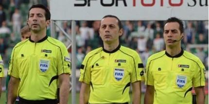 Cüneyt Çakır ve Ekibi Dünya Kupası'nda