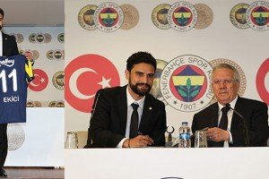 """Mehmet Ekici: """"Türkiye'nin En Büyük Kulübü'ndeyim"""""""