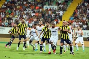 Fenerbahçe Hem 3 Puan Hem de Moral Kazandı