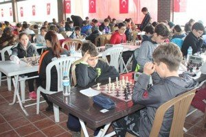 2. Lovelet Satranç Turnuvası 29-30 Nisan'da Lovelet'te