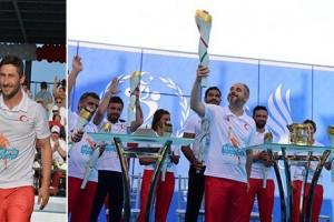 Olimpiyat Meşalesi Samsun'da Yandı