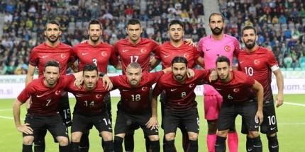 EURO 2016 Öncesi Son Hazırlık Morali