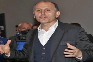 """Trabzonspor Başkanı Muharrem Usta;  """"Bir Tiyatro İzledik"""""""