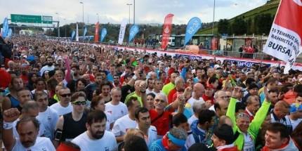 Vodafone 38. İstanbul Maratonu'nda Yüz Binler Türkiye Aşkına Koştu