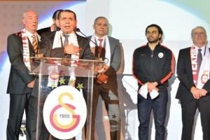 """Galatasaray Ailesi """"Tek Bilek, Tek Yürek!"""""""