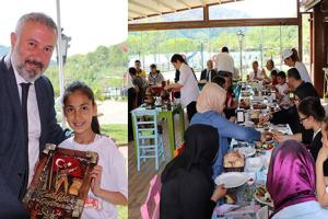 Ayvacıklı 40 Yetim Çocuğa Çanakkale Gezisi