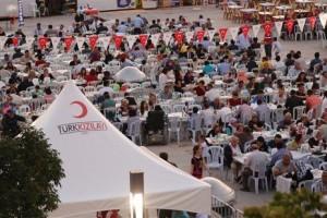 Türk Kızılayı Tüm Dünyada İftar Sofraları Kuracak