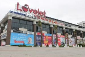 Pamela, Lovelet Outlet'te Hayranlarıyla Buluştu