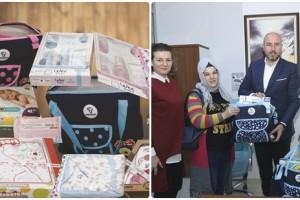 """Tekkeköy Belediyesinden Yeni Doğan Bebeklere """"Hoş Geldin Bebek Seti"""""""